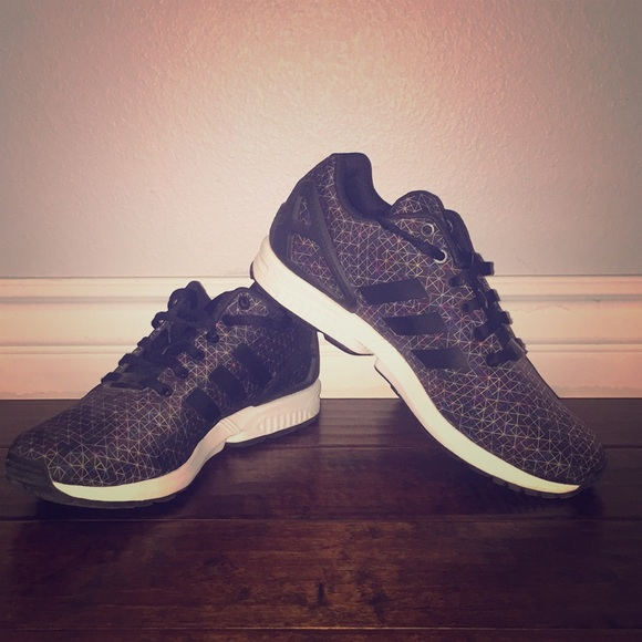 new style 17409 9a13b Adidas Originals Zx Flux Geometric Colorway 70$